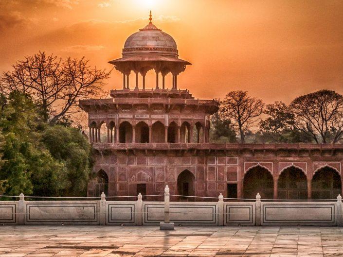 Evening in Taj Mahal territory